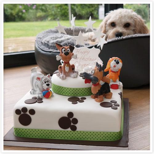 Puppy Paw Print Cake